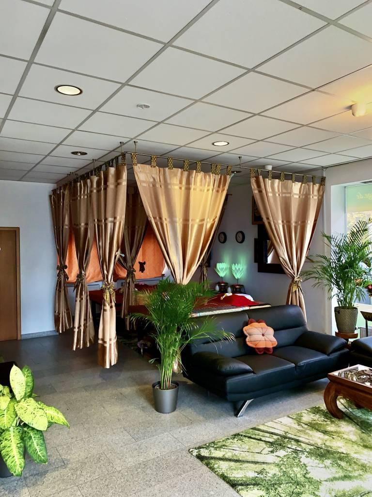 Thaimassage, Gesundheitsmassage, Relaxmassage, Wellnessmassage, Ölmassage, Rückenmassage, Fußmassage